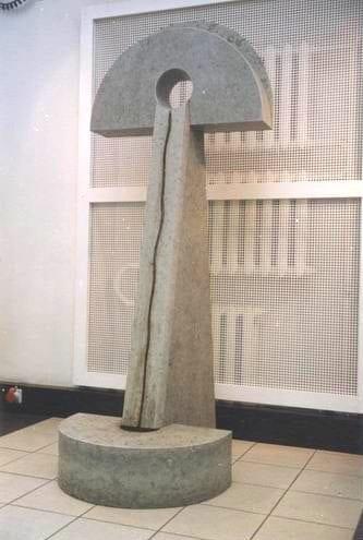 """Paekivist skulptuur voolava veega """"Eesti Energiale"""" 1997 h= 2,5 m - Tallinn, Eesti   <br/>Limestone sculpture with water for """"Eesti Energia"""" 1997 h= 2,5 m - Tallinn, Estonia"""