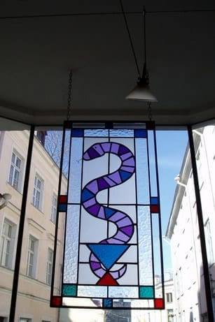 Vitraazid apteegile Rataskaevu 2 - 1998 Tallinn, Eesti   <br/>Stainglass windows for a pharmacy in Rataskaevu st 2 - 1998 - Tallinn, Estonia